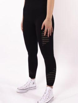 basic black details sportlegging woman nutrition