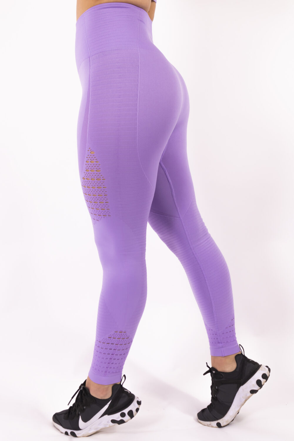 lilac sportlegging woman nutrition