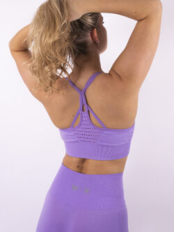lilac top woman nutrition