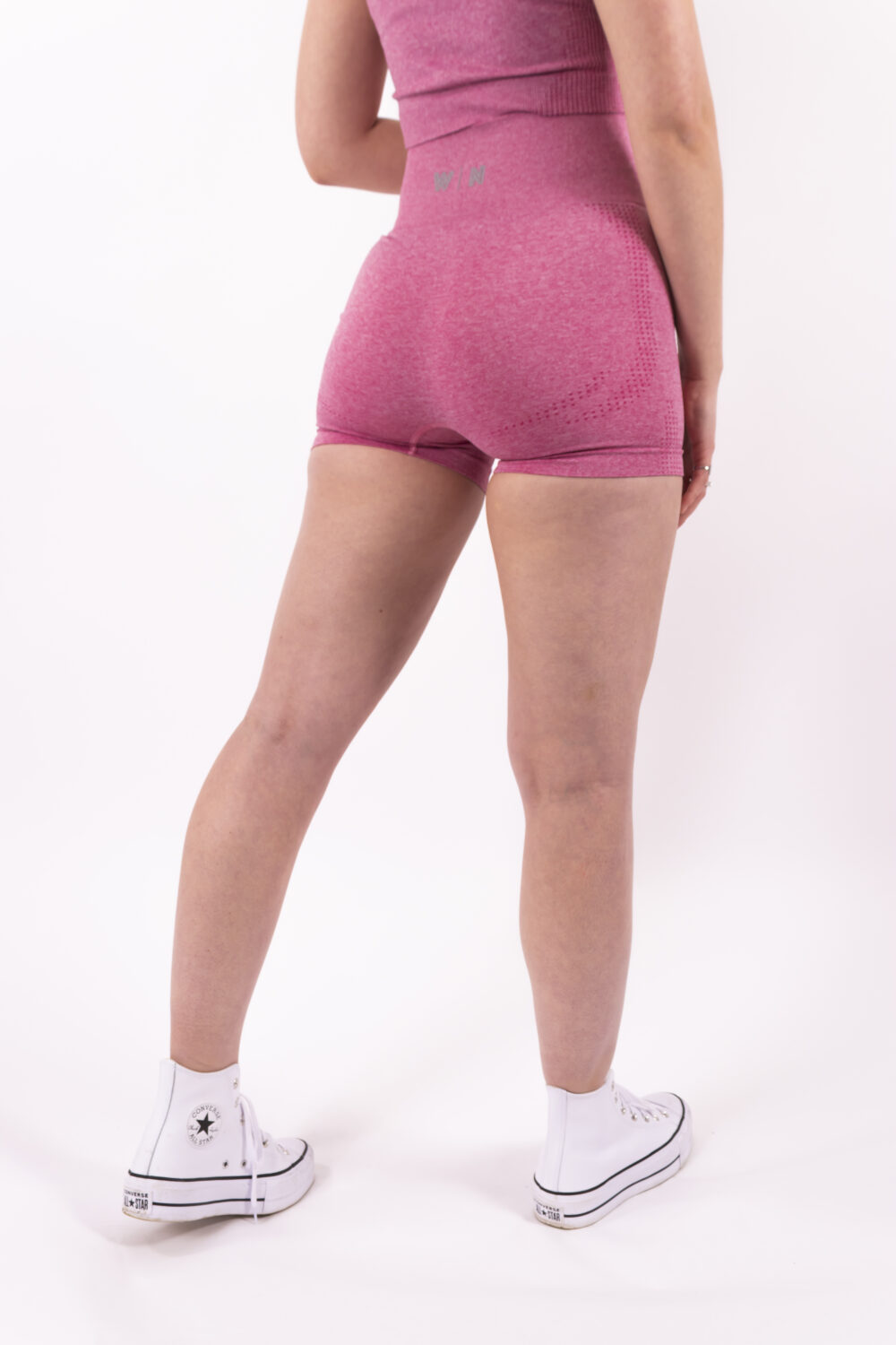 pink short woman nutrition