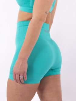 turquoise short woman nutrition