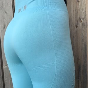 lichtblauwe sportlegging woman nutirition