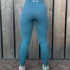 smaragdblauwe sportlegging woman nutrition