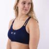 dark blue sporttop woman nutrition