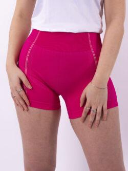 neon roze short woman nutrition